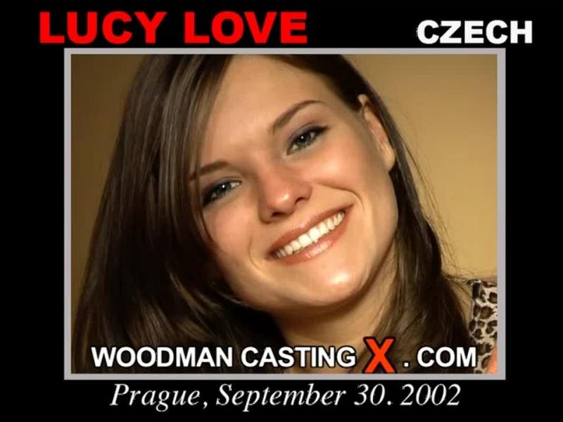Пьер Вудман лично тестировал актрис, записывая весь процесс на видео.